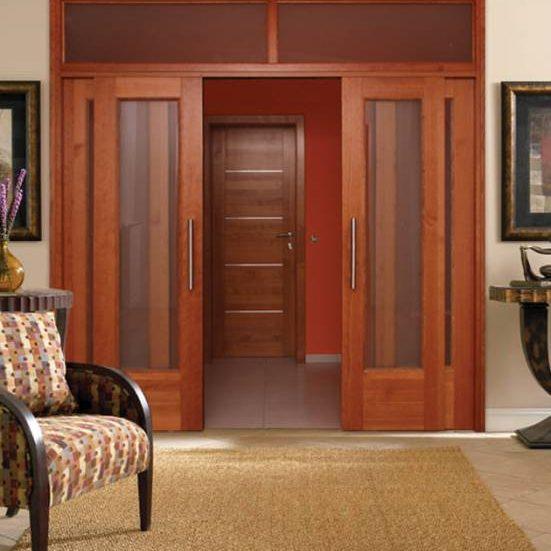 Predelna stena z drsnimi vrati